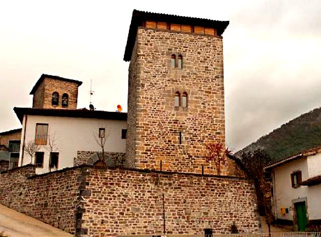 Hotel Rural Torre de Uriz, en Uriz, Navarra