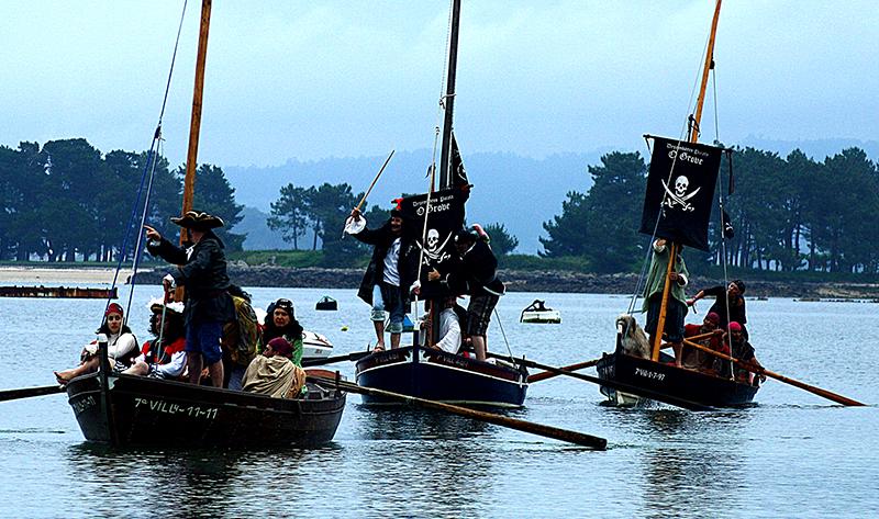 Una caterva de piratas británicos toman O Grove