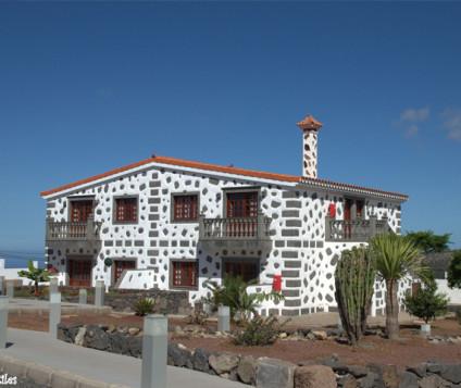 Melva Suites, primer hotel rural de 4 estrellas en Firgas - turismo-alojamiento-rural