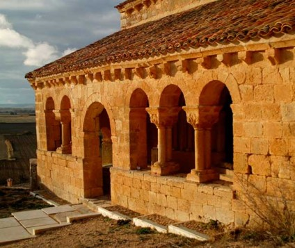 La iglesia de San Martín de Aguilera, en Bayubas de Abajo, declarada Bien de Interés Cultural - pueblos