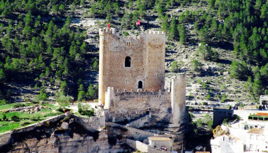Alcal del j car seguir con la misma promoci n tur stica - Casa rural el castillo alcala del jucar ...