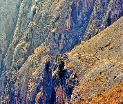 La Ruta del Cares: senderismo de altura en el corazón de los Picos de Europa - turismo-activo, centenario-picos-de-europa