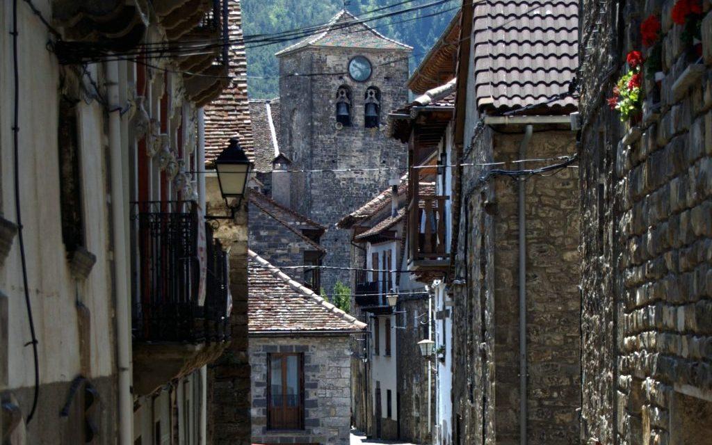 Las bibliotecas acercan la cultura a los pueblos de Huesca