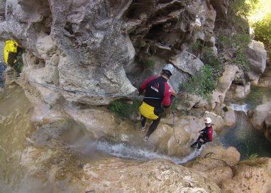 Los mejores lugares para hacer barranquismo en España