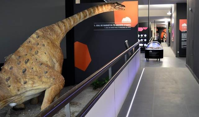 Dinosfera, en Coll de Nargó, Lleida