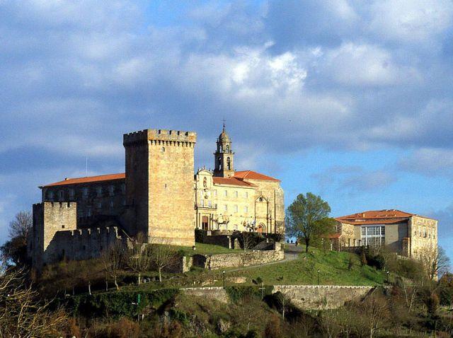 Parador Nacional Monasterio San Vicente Pino