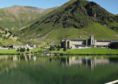 Aumentan un 5,7% las reservas de alojamientos rurales en España