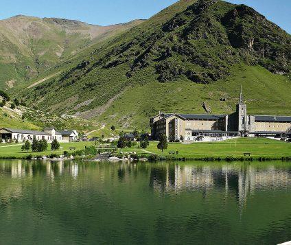 Aumentan un 5,7% las reservas de alojamientos rurales en España - turismo-alojamiento-rural
