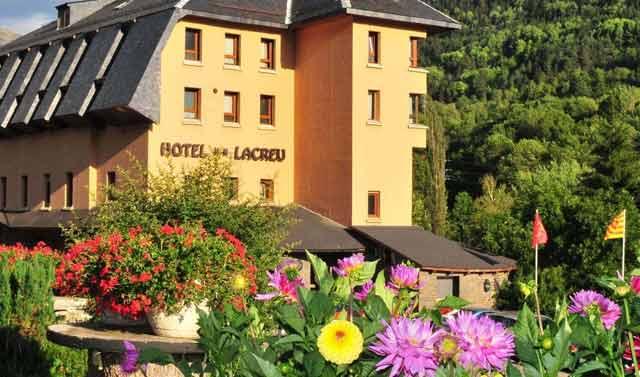 mejores hoteles en el pirineo catalan hotel lacreu