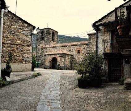 "Castilla- La Mancha potencia el turismo e inaugura la vía Ferrata ""Boca del Infierno"" - turismo-activo"