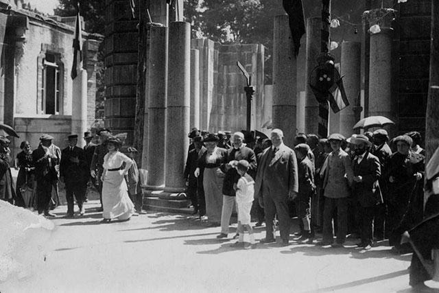 Visita de la infanta Isabel en 1915