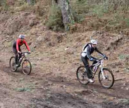 Castilla y León promueve una nueva ruta para ir en bicicleta - turismo-activo
