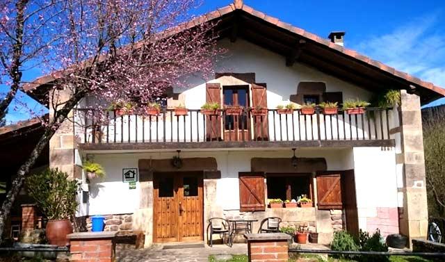 casa rural malkornea