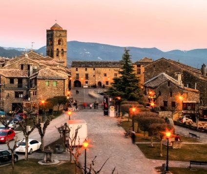 Aínsa, capital de Turismo Rural 2018 - pueblos
