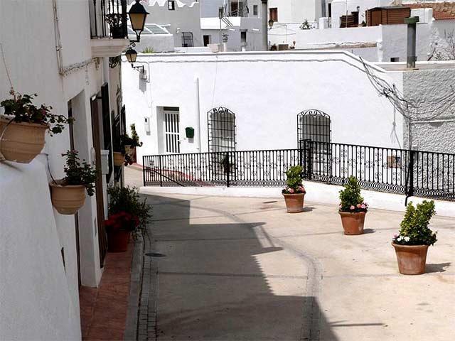 Pueblos bonitos que visitar en Almería, Lucainena de Torres