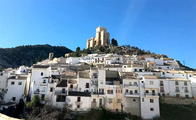 Pueblos bonitos que visitar en Almería, Vélez-Blanco