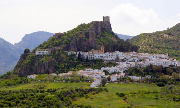 Zahara de la Sierra se proclama como  uno de los Pueblos más Bonitos de España