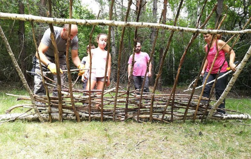 Bushcraft, una de las mejores actividades en familia