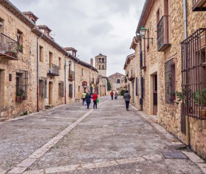 asociacion turismo rural segovia alojamientos ilegales