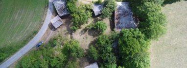 Se vende aldea abandonada en Galicia por 265.000 euros - pueblos