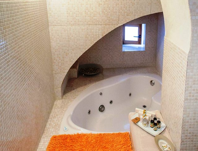 hoteles jacuzzi privado habitacion hotel casa califa