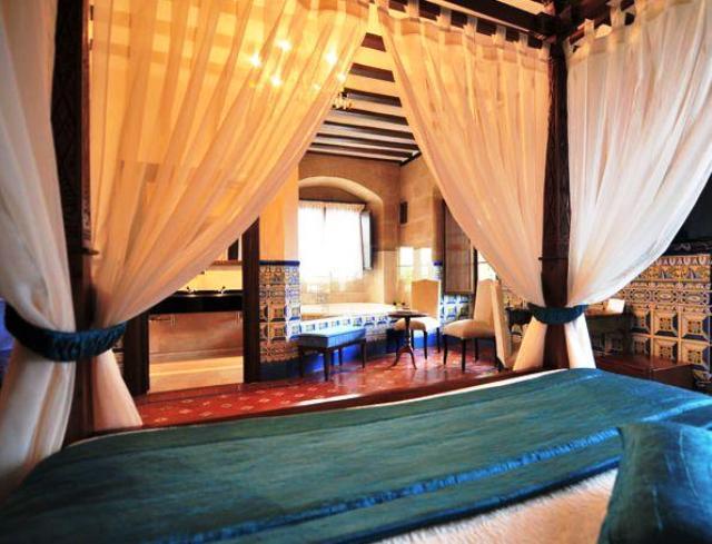 hoteles jacuzzi privado habitacion hotel palacio casafuerte
