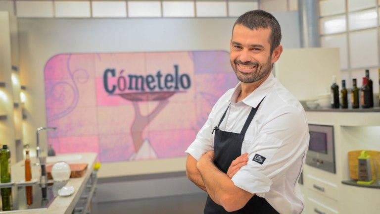 Enrique Sanchez muestra la gastronomía sevillana en FITUR