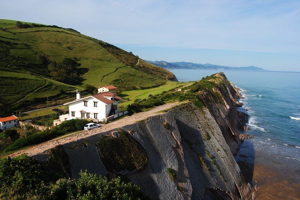 El turismo rural en el País Vasco desciende drásticamente en marzo