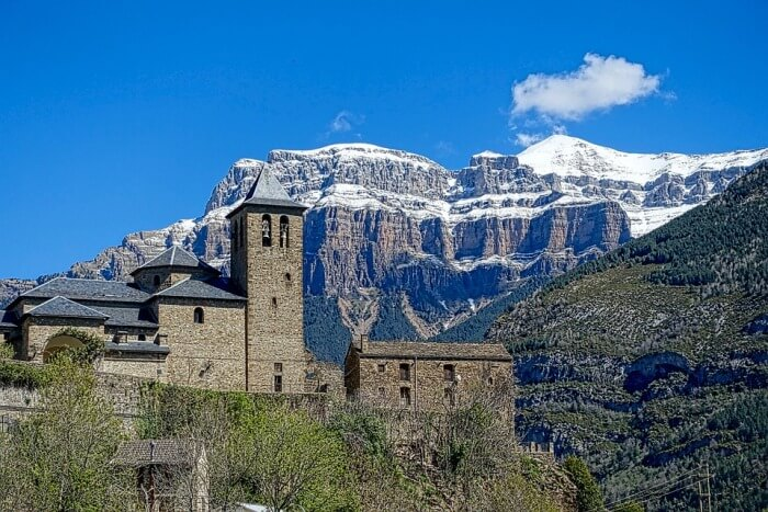 Notable ascenso del turismo rural en Aragón en junio