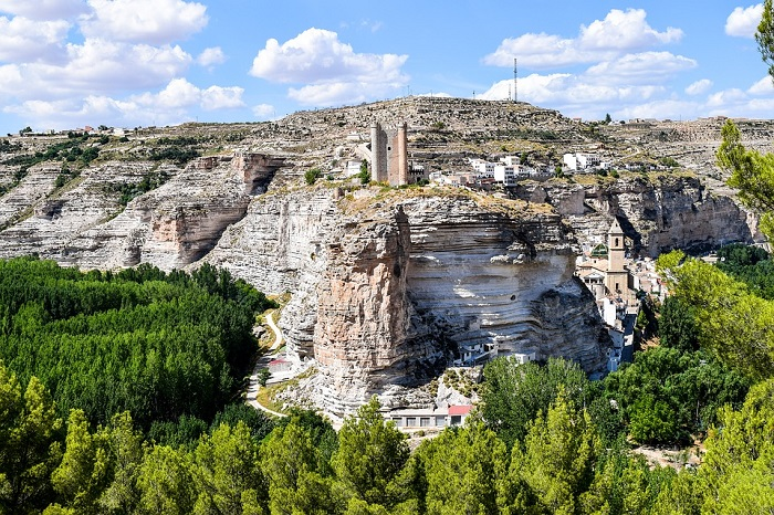 Descenso del turismo rural de Castilla-La Mancha en julio