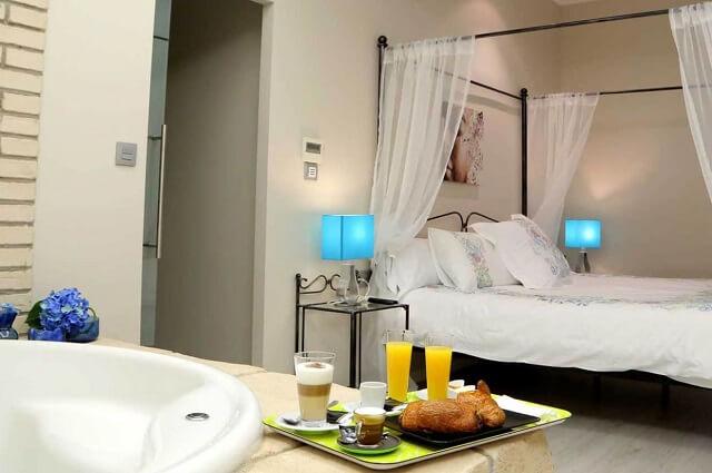 suite jacuzzi habitacion castillo bonavia