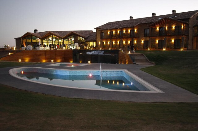 mejores hoteles jacuzzi zaragoza hotel spa agua mallos
