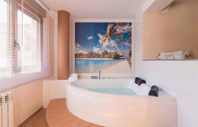 jacuzzi suite mundobriga