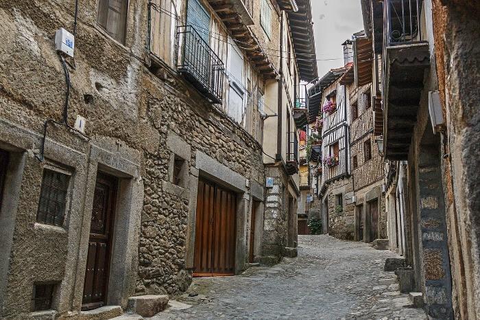 Los Pueblos Más Bonitos de España, ahora también en Inglés