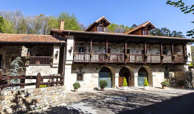 hotel rural en cantabira la hondonada