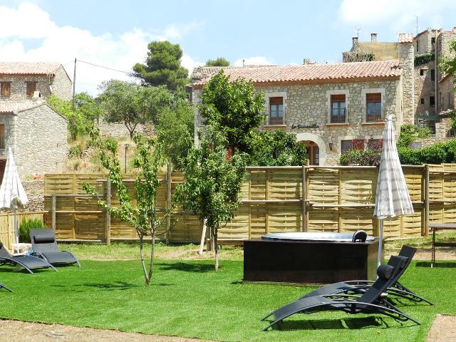 hoteles rurales cataluña la siuranella
